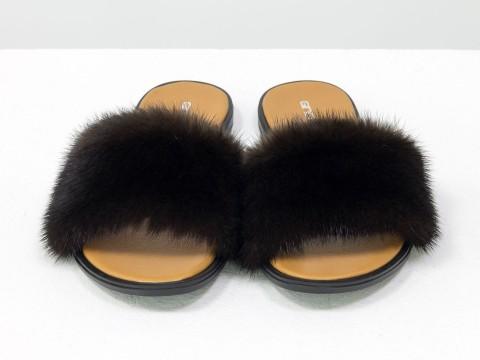 Меховые шлепанцы из норки и натуральной кожи цвета темное золото