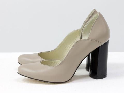 Женские бежевые туфли на каблуке из натуральной  кожи ,Т-17423/1-05