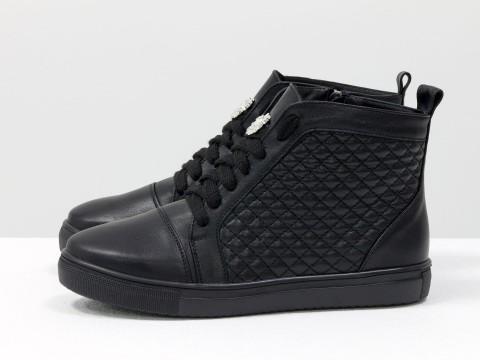 Высокие кеды на шнуровке из натуральной стеганой кожи черного цвета на черной подошве,  Б-430-02