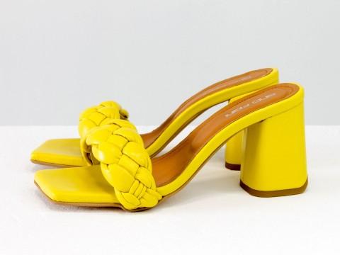 """Дизайнерские шлепанцы """"косички"""" на расклешенном каблуке из натуральной итальянской кожи ярко-желтого цвета, С-2041-10"""