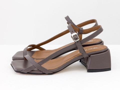 Дизайнерские сиреневые босоножки на каблуке из натуральной итальянской кожи, С-2141-08