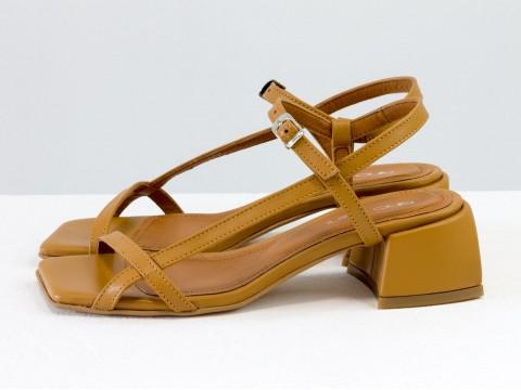"""Дизайнерские коричневые босоножки на каблуке из натуральной итальянской кожи цвета """"табак"""", С-2141-06"""